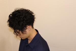 ツイストパーマ スパイラルパーマ ツイストスパイラルパーマ 大阪 難波 メンズ 美容室 リレーション